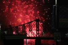 Fireworks_364_254